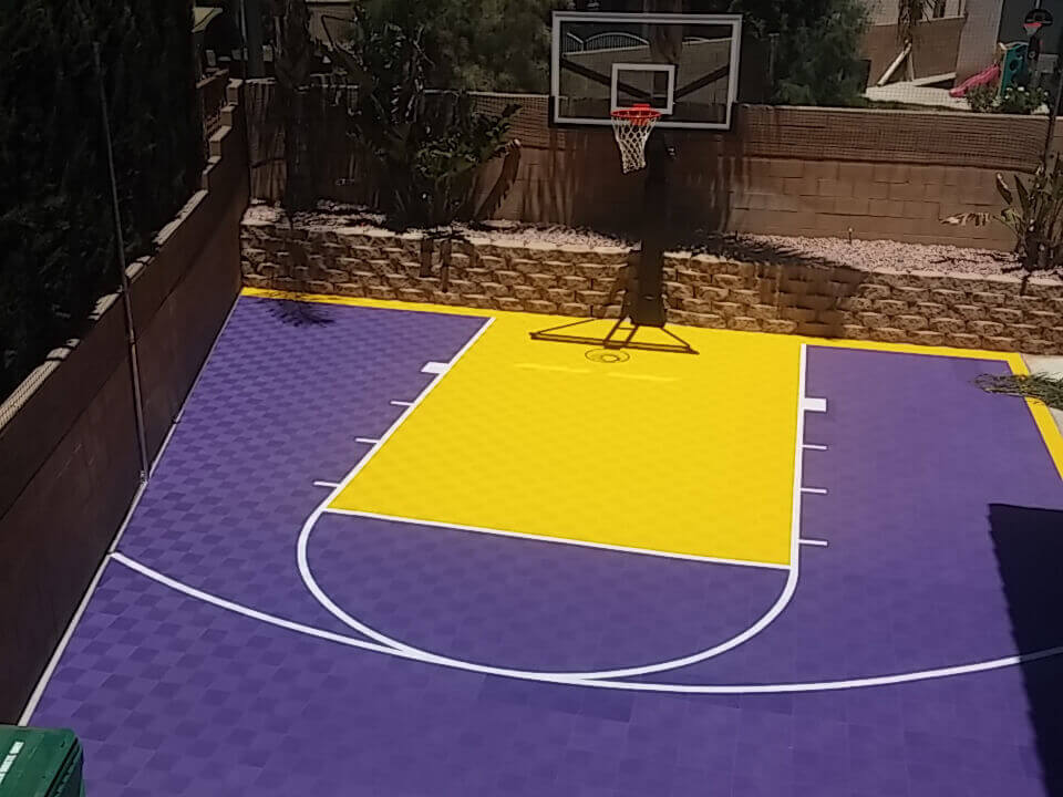 custom-outdoor-basketball-court-purple-yellow-lakers
